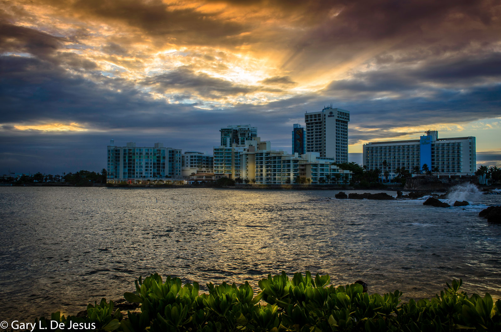 Photographers Journal - Caribe Hilton Hotel, PR at Spillwords.com