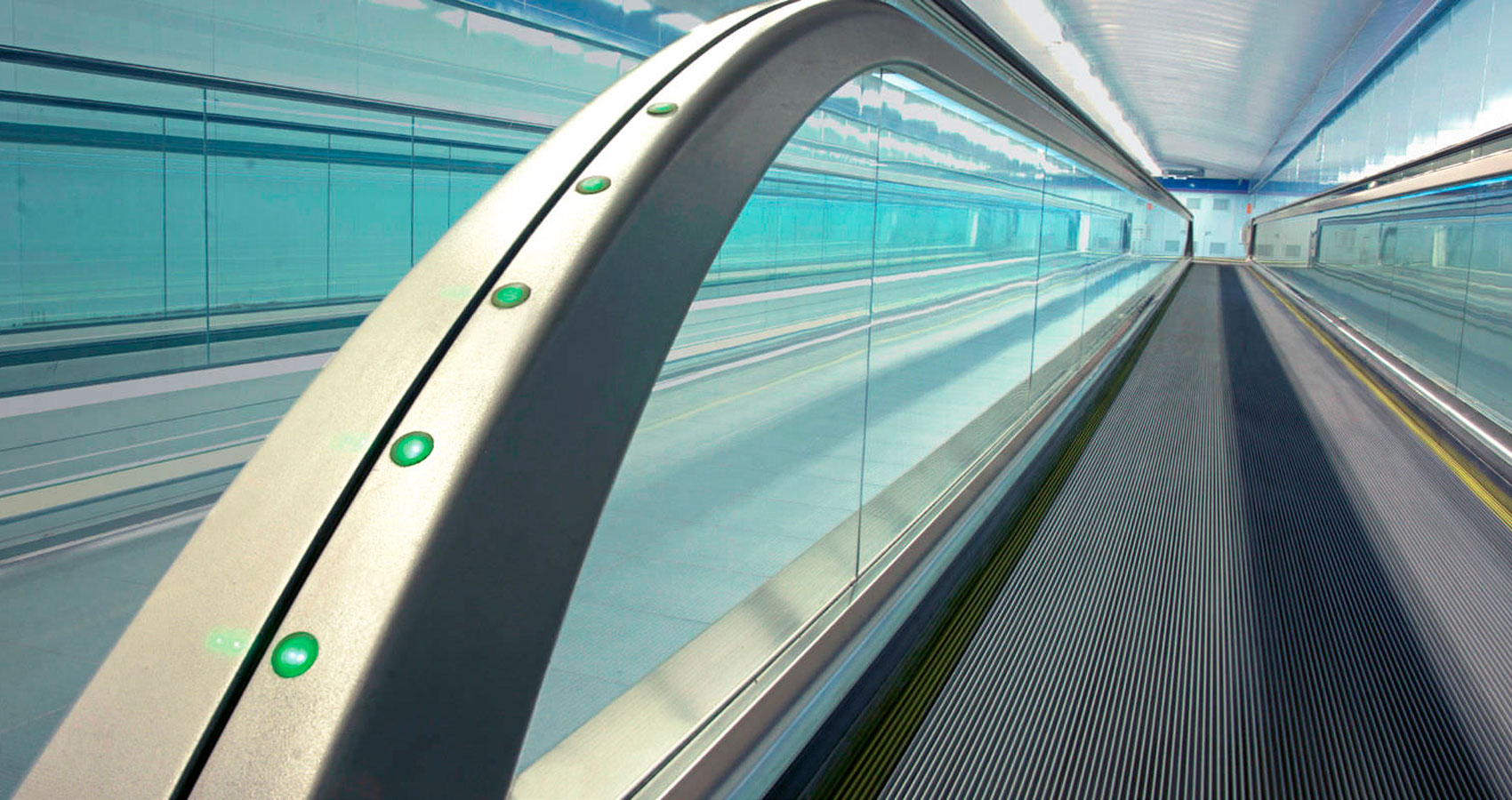 THE MOVING WALKWAY by TM DiSarro at Spillwords.com