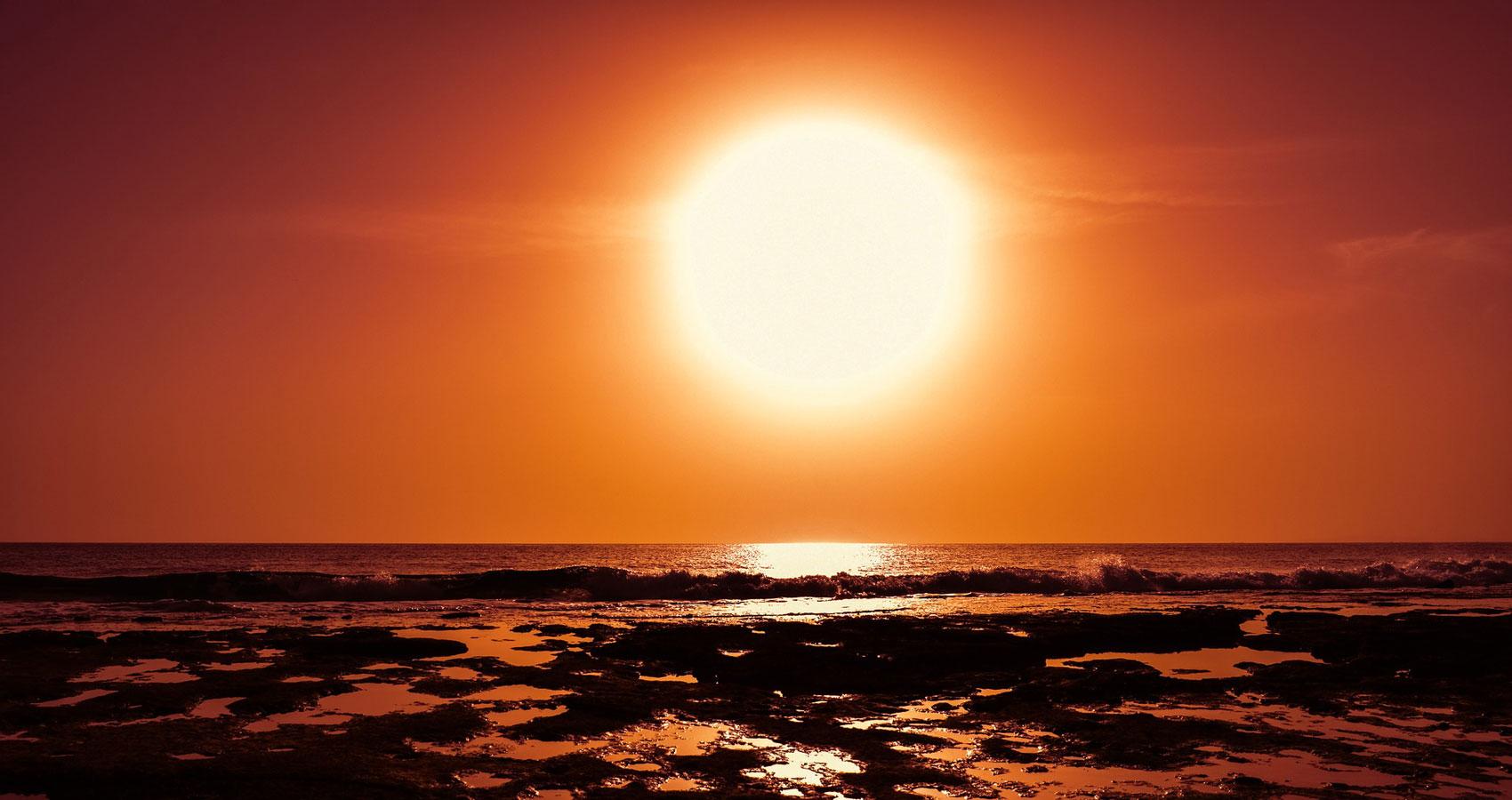 SILENT SUN written by Ayushman Jamwal at Spillwords.com