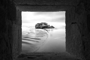 Insomniac's Dream - Many Shades Light by Asad Mian at Spillwords.com