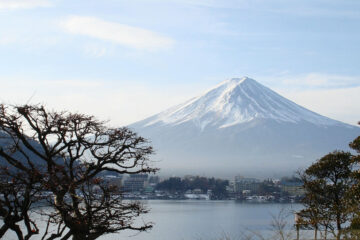 Fujisan, a tanka written by Genie Nakano at Spillwords.com