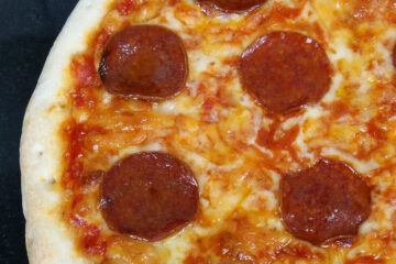 American Pizza, flash fiction written by Mark Kodama at Spillwords.com