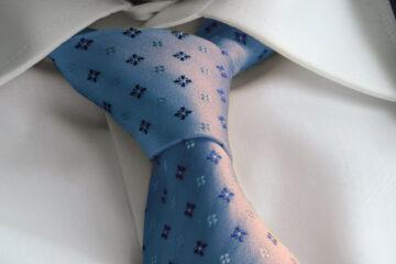 Meditation On A Tie, a poem by Warren Alexander at Spillwords.com