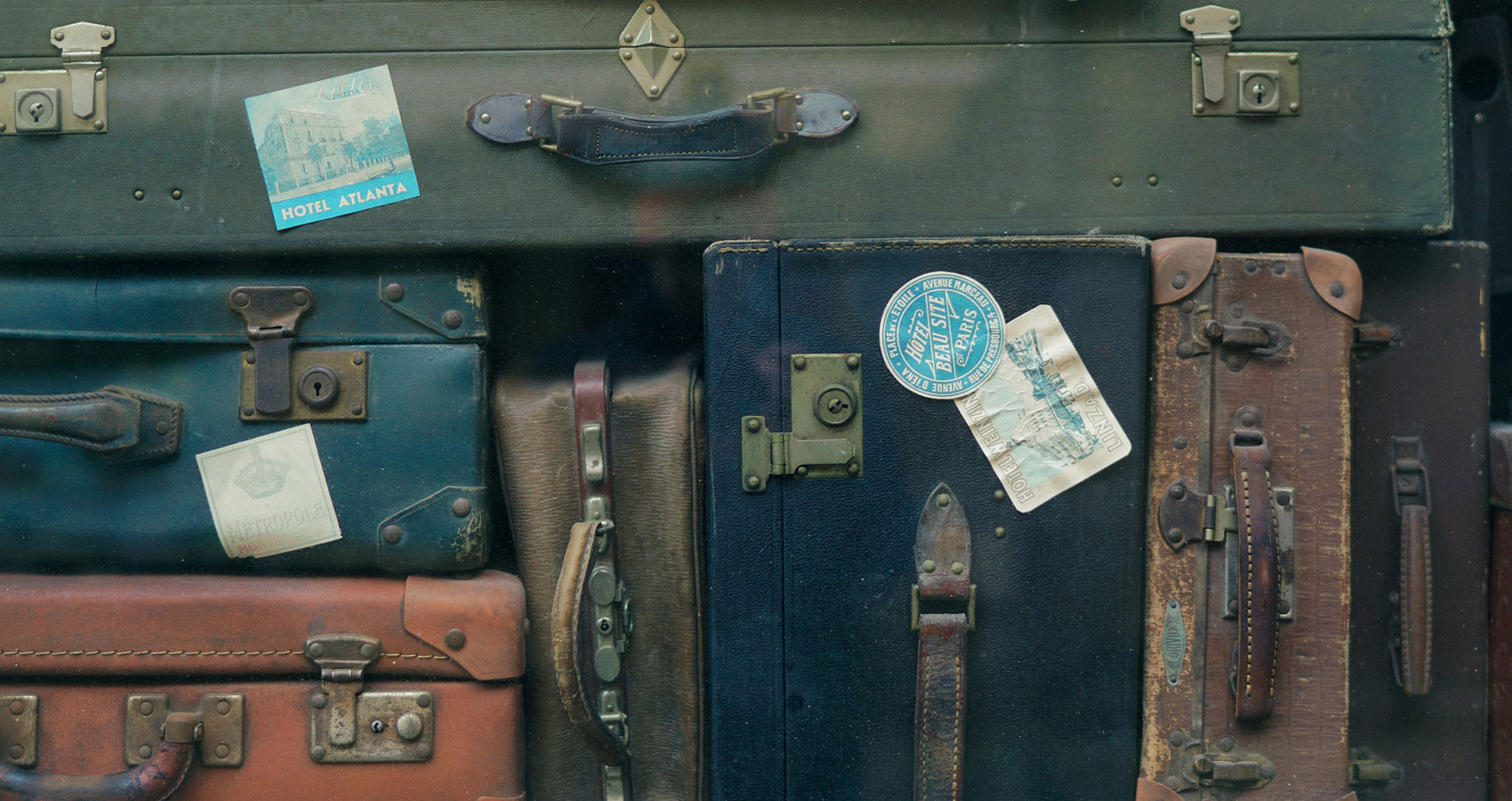 Suitcases, a short story written by Mary Ellen Gambutti at Spillwords.com