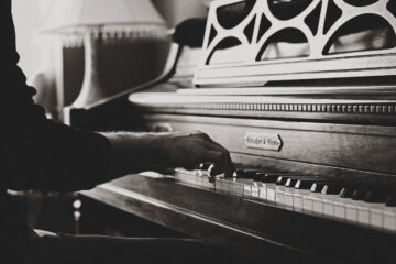 The Composer, micropoetry written by Toni Perruso at Spillwords.com