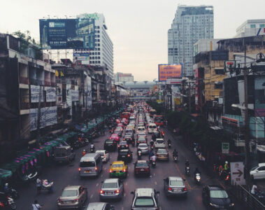 Traffic Snarl, a poem written by VANDANA KUMAR at Spillwords.com