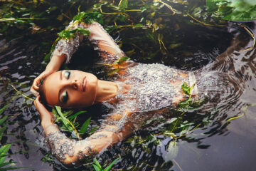 DROWNING, poetry written by LUZVIMINDA G RIVERA at Spillwords.com
