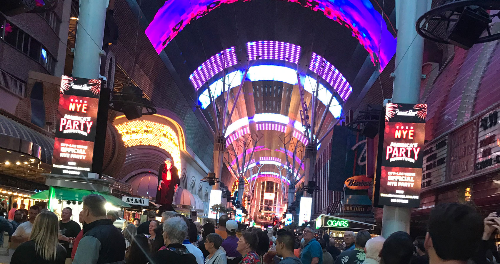 Fremont Street Nevada, a poem by Glynn Sinclare at Spillwords.com