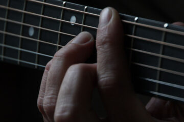 Guitarman, poetry written by Broken Montague at Spillwords.com