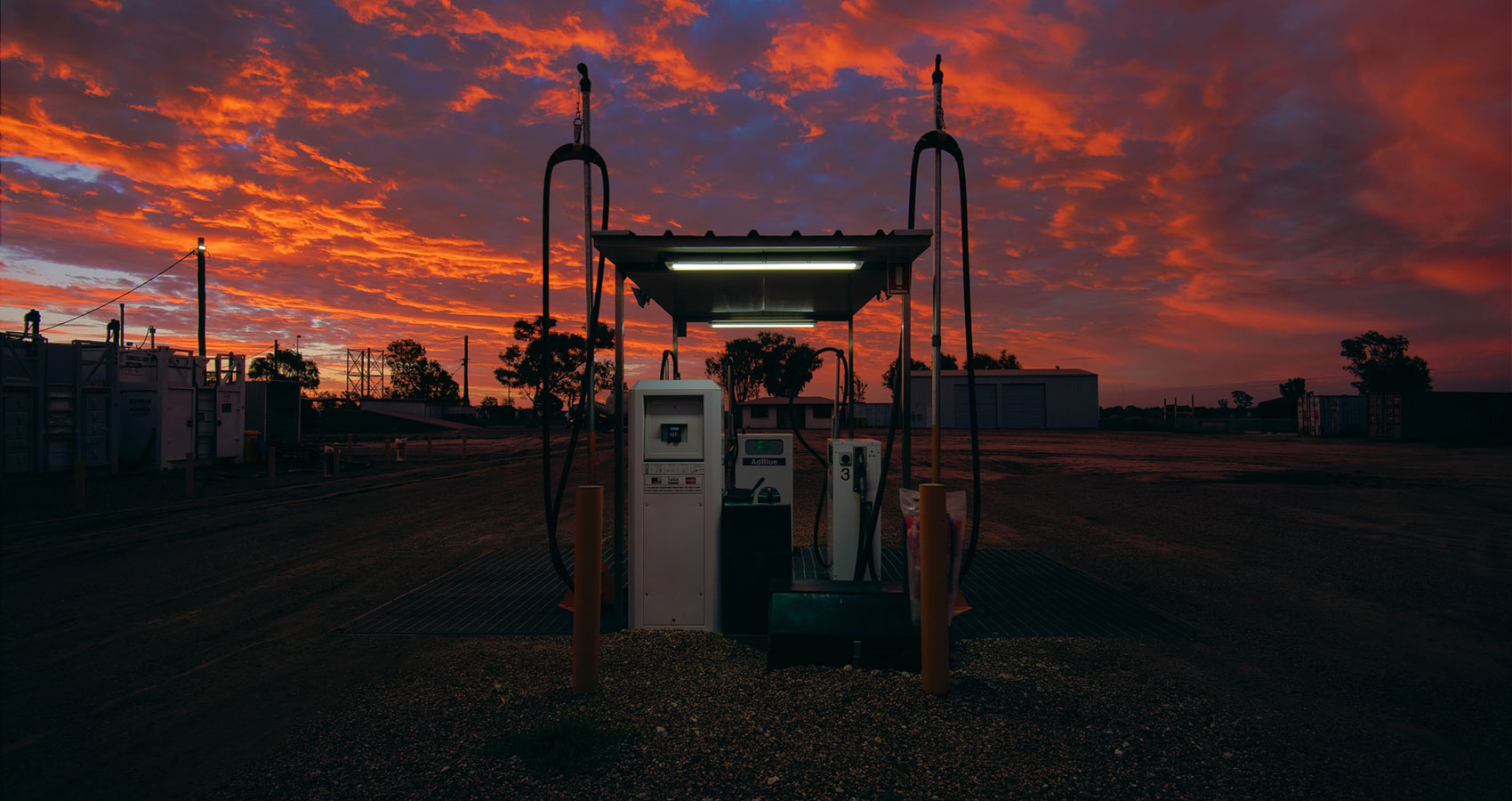 Filling Station, a poem written by Elizabeth Bishop at Spillwords.com