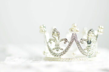 Crown Me, poetry written by Julia R. DeStefano at Spilwords.com