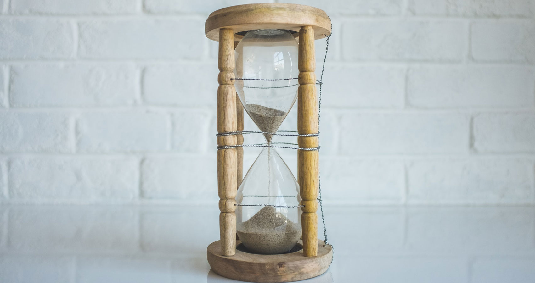 Stagnant Time, poetry written by Reza Raza at Spillwords.com