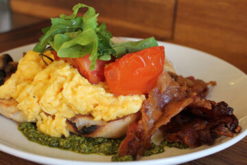 Breakfast at Iggy's and Ana's Cafe, short story by Jenise Cook at Spillwords.com