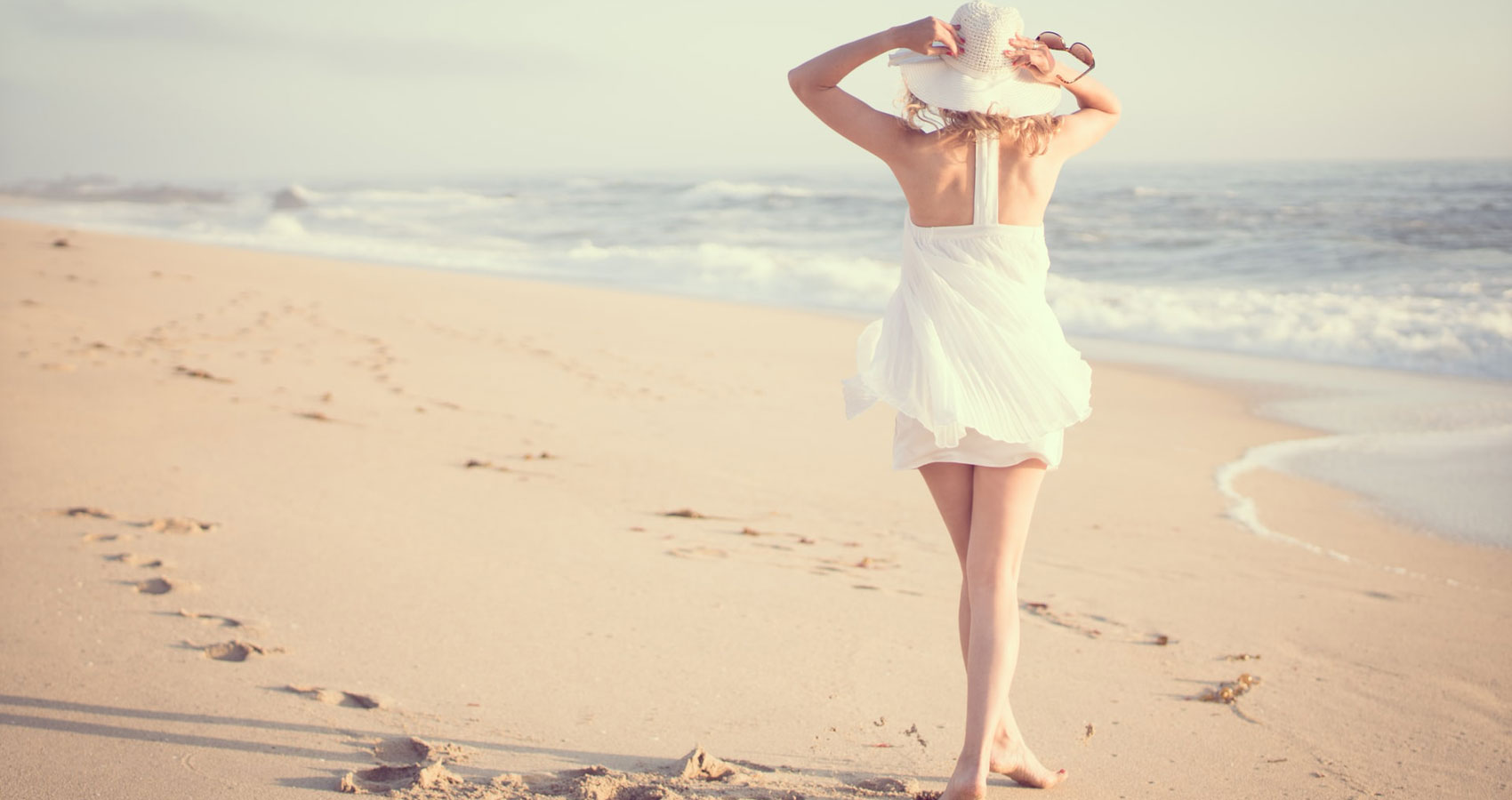 ODE TO THE BEACH, poetry by Dianne Moritz at Spillwords.com