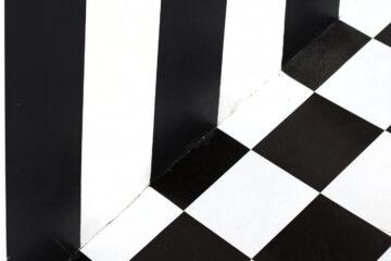 Black and White, flash fiction by Elizabeth Montague at Spillwords.com