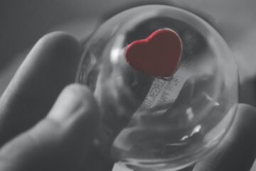 A Heart To Live, Not To Love, poetry by Ash Douglas at Spillwords.com