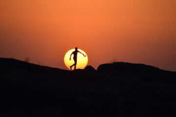 Finding The Sun, poetry by Bayo Aderoju at Spillwords.com