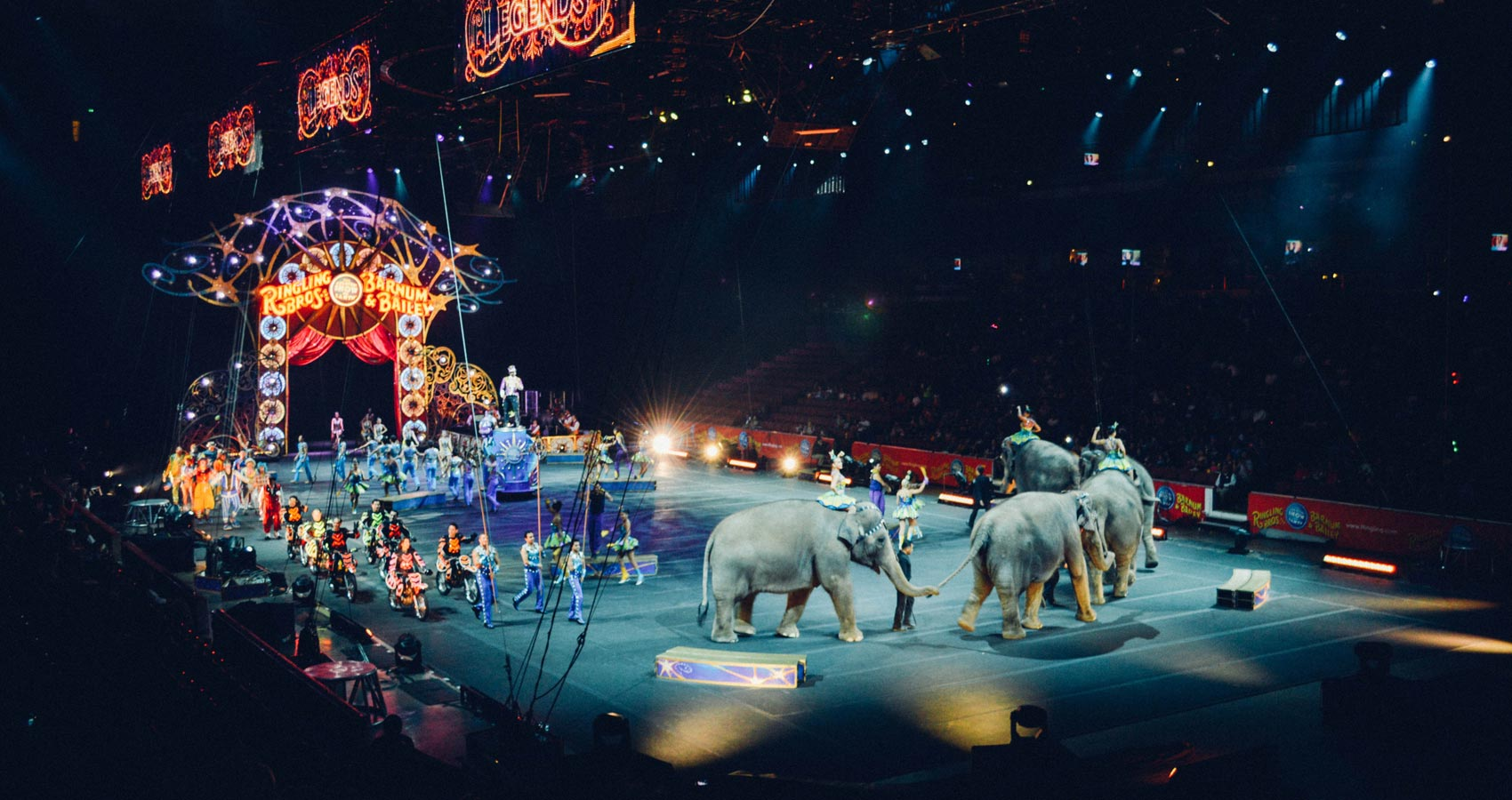 The Day The Circus Came To Town, poem by Roger Turner at Spillwords.com