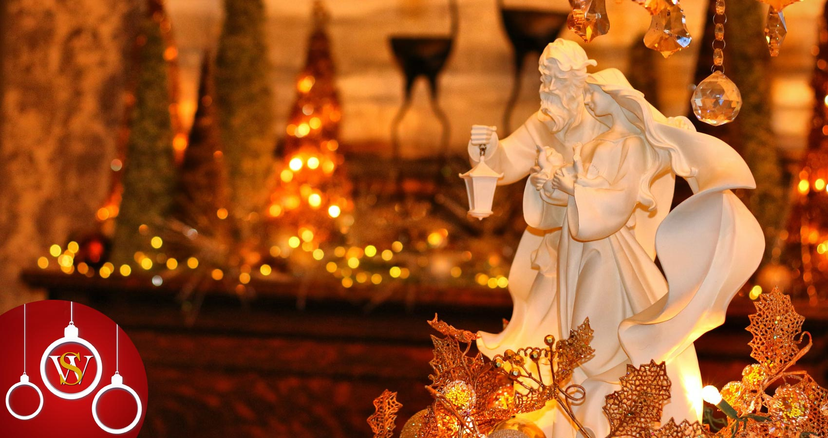 Christmas Floats, a poem by Fotoula Reynolds at Spillwords.com