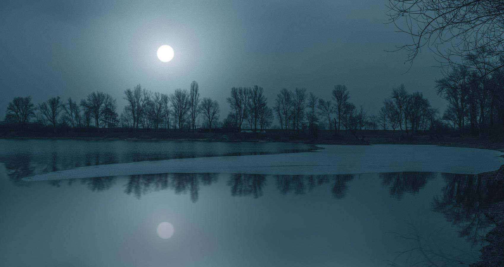 Moon River, micropoetry by Robbie Pruitt at Spillwords.com