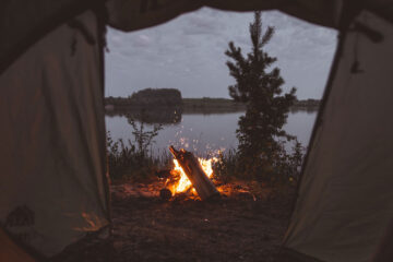 Tent, a poetic sonnet written by JPK at Spillwords.com