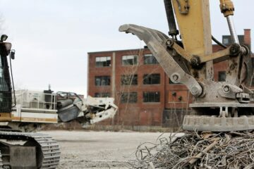 Scrap Yard Dogs, a short story by Bob Laurie at Spillwords.com