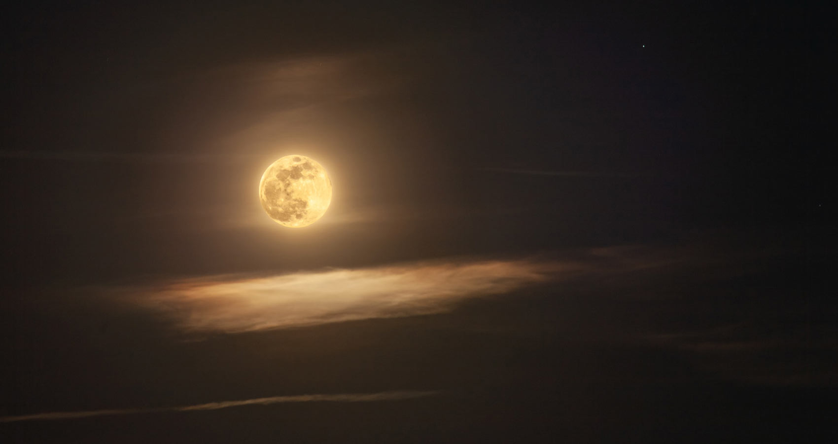A Night Thought, a poem by William Wordsworth at Spillwords.com