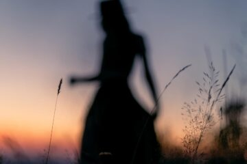 Shadow, a poem written by Azumee at Spillwords.com