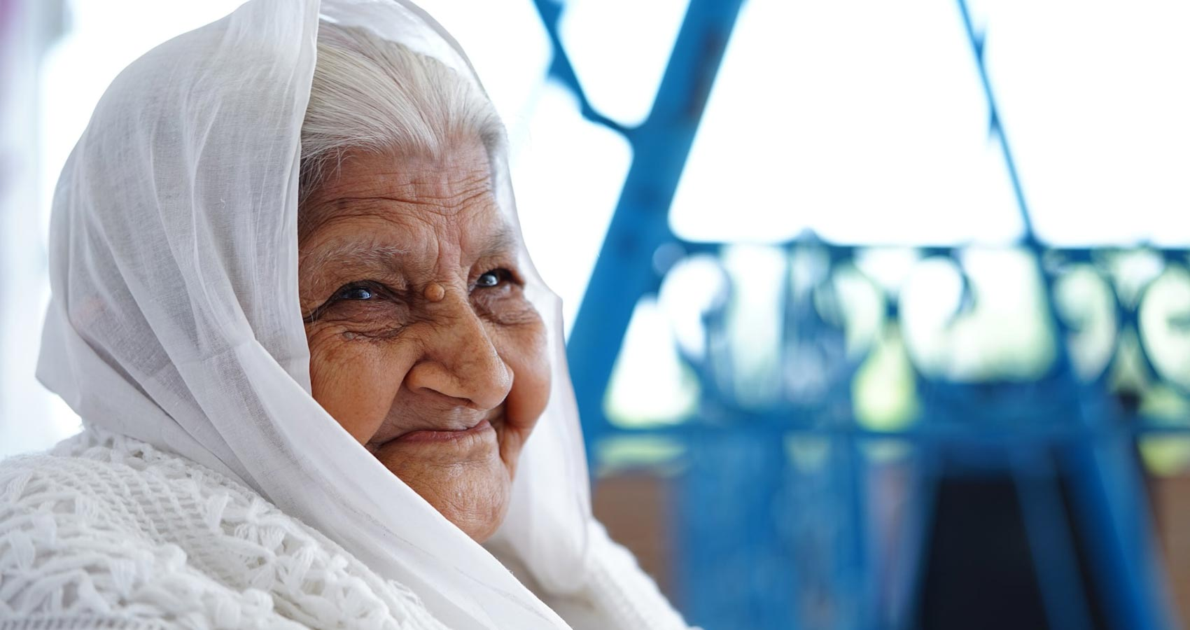 The Secret Smile, poetry written by Shruti Das at Spillwords.com