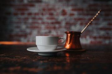 Café Café, a short story written by Rivka Shlesinger at Spillwords.com