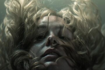 Submerged in Madness, poetry by Iulia Gherghei at Spillwords.com