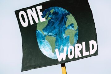 The World is One, a poem by Glynn Sinclare at Spillwords.com